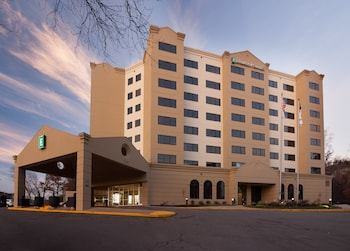 Embassy Suites Raleigh-Crabtree
