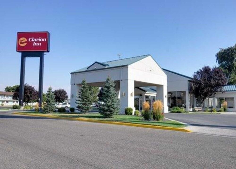 Clarion Inn Ontario