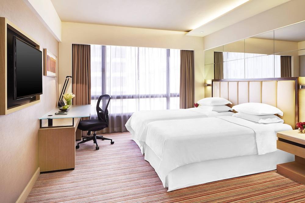 Sheraton Hong Kong Hotel & Towers