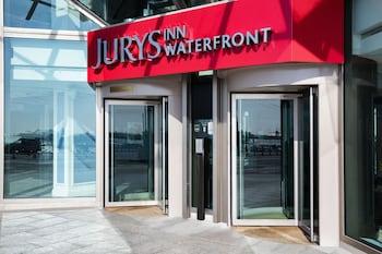 Photo for Jurys Inn Brighton Waterfront in Brighton