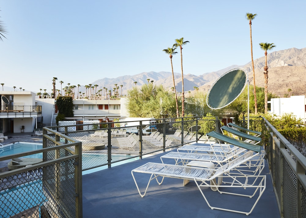Ace Hotel and Swim Club, Palm Springs @INR 7155 OFF