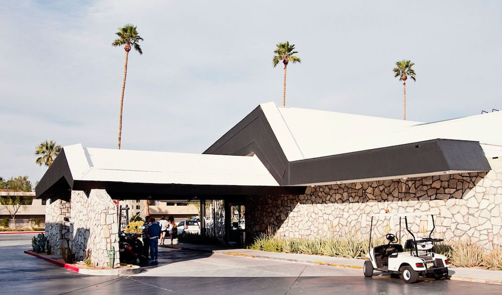 Ace Hotel And Swim Club Palm Springs Riverside Price Address Reviews
