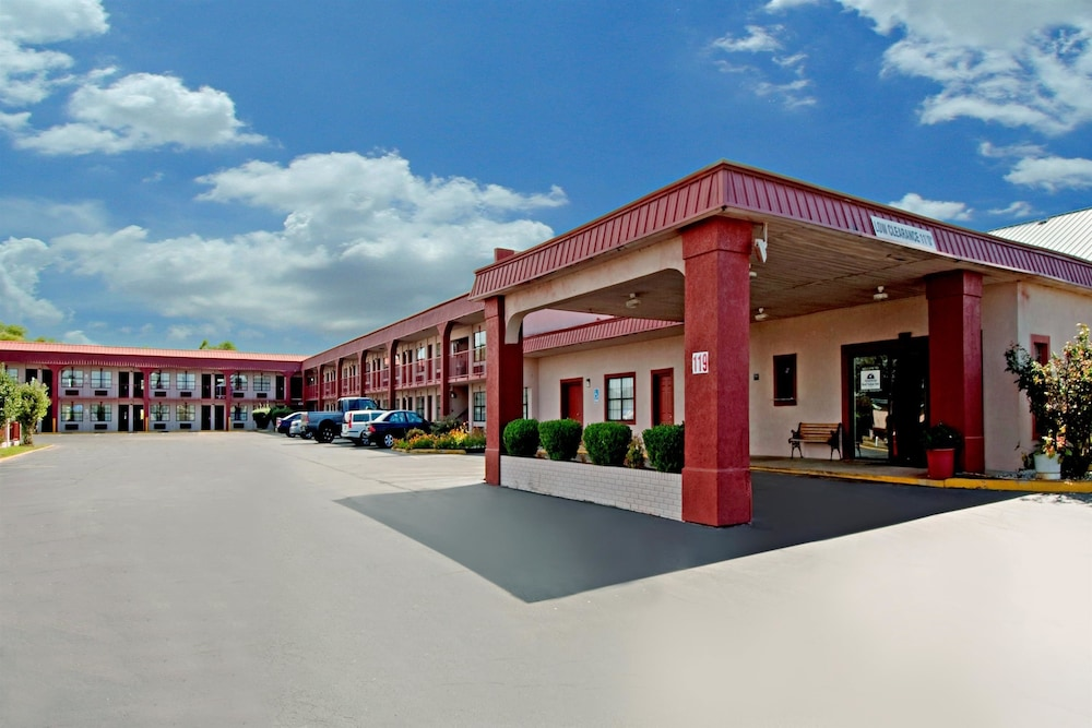 Americas Best Value Inn-Canton