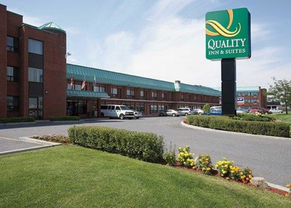 Quality Inn & Suites P.E. Trudeau Airport
