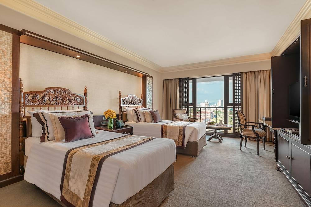 Tap Room Manila Hotel
