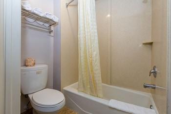 Buena Vista Inn - Bathroom  - #0