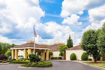 Quality Inn West of Asheville in Canton, North Carolina
