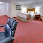 Ramada by Wyndham Metairie New Orleans Airport photo 13/41