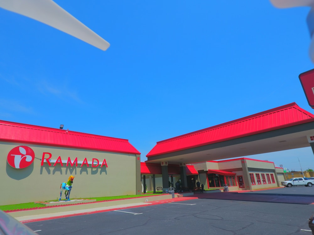 Ramada by Wyndham Perry Near Fairgrounds