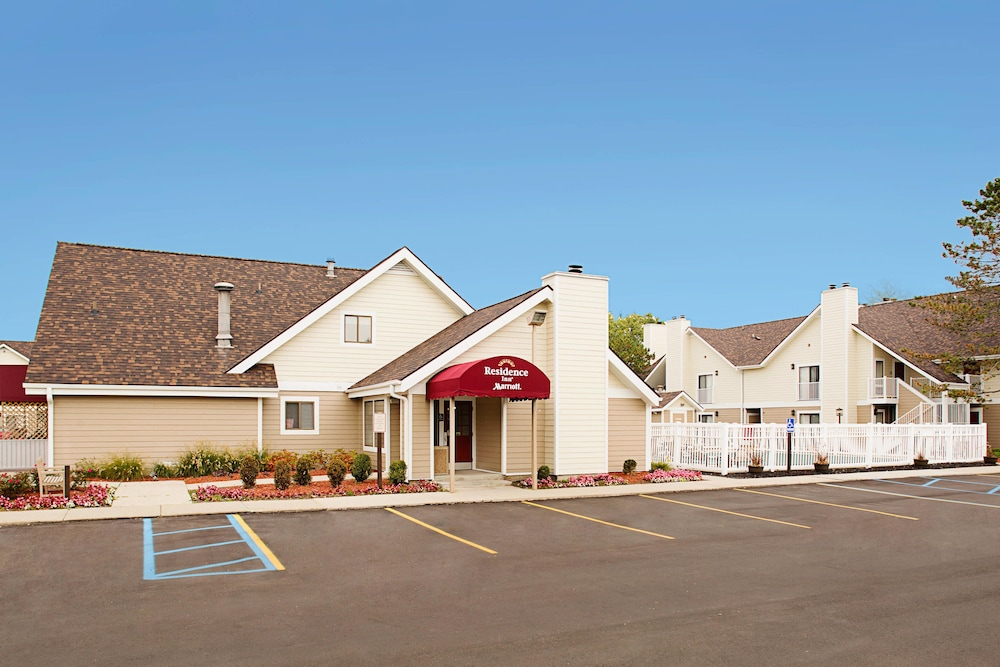 Residence Inn by Marriott Detroit Troy/Madison Heights