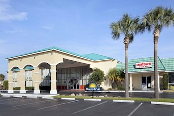 Days Inn by Wyndham Fort Pierce Midtown in Fort Pierce, Florida