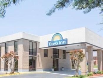 Days Inn Easley West of Greenville/Clemson Area