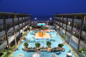 Flagship Oceanfront Hotel (272394) photo