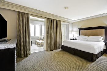 Junior Suite, One King Bed