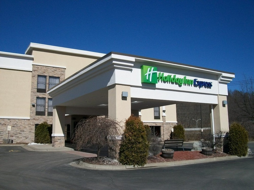 Holiday Inn Express Painted Post-Corning Area