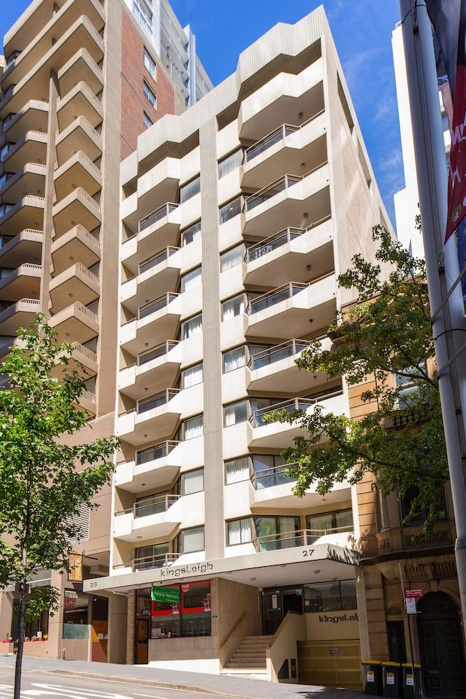 Metro Apartments on King Street