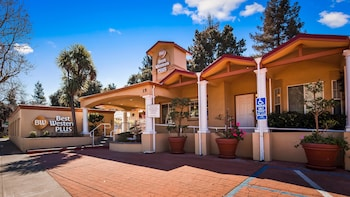 Photo for Best Western Plus Riviera in Menlo Park, California