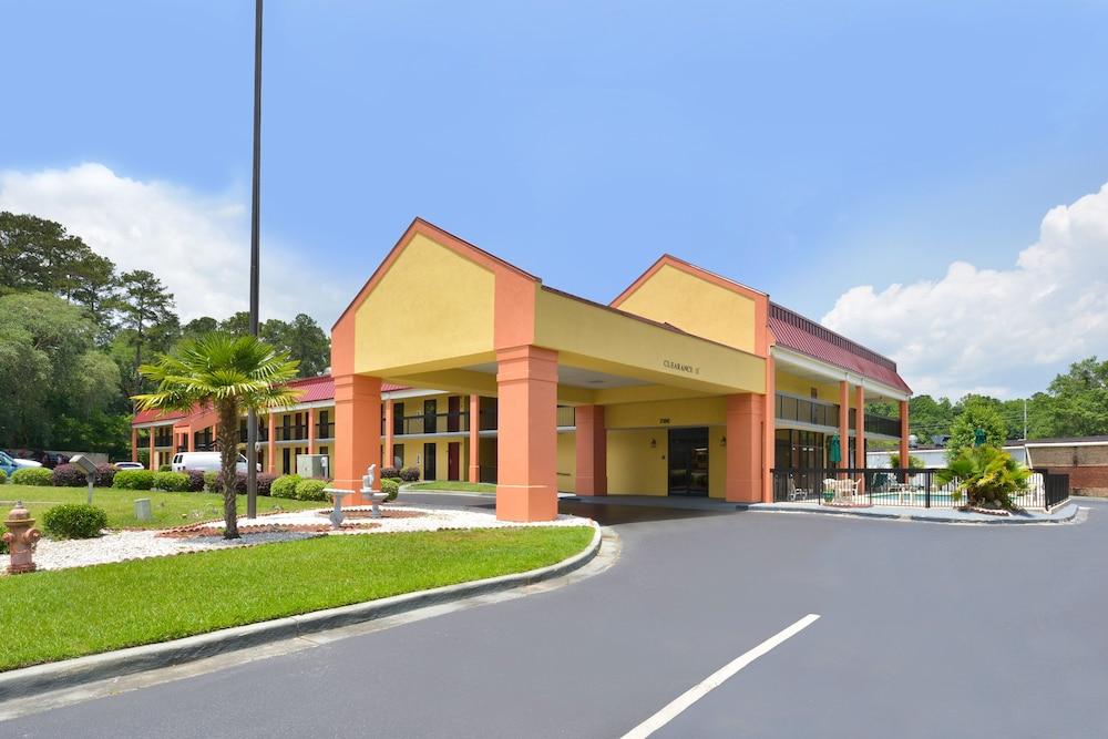Americas Best Value Inn Hinesville