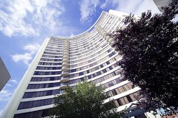 BreakFree Capital Tower