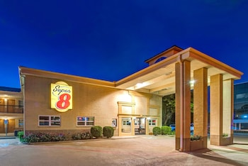 Super 8 by Wyndham Richardson Dallas in Richardson, Texas