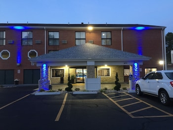 Best Western Cape Cod Hotel - Hotel Front - Evening/Night  - #0