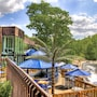 The Woodlands Inn, Ascend Hotel Collection