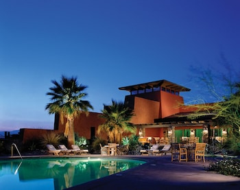 Luxury Hotels near Children's Discovery Museum of the Desert in