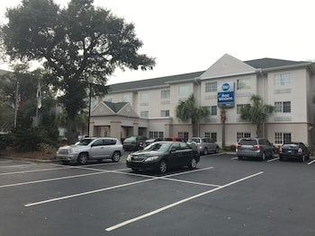 Best Western Patriots Point in Mount Pleasant, South Carolina