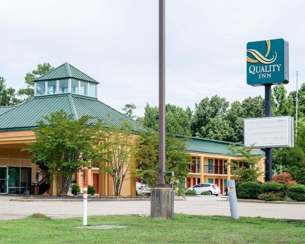 Quality Inn Louisville