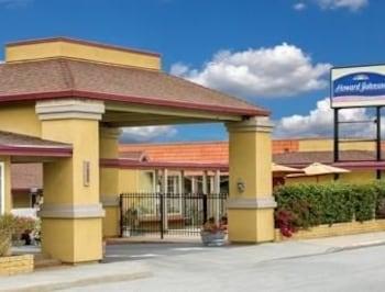 Howard Johnson Express Inn - Monterey Seaside