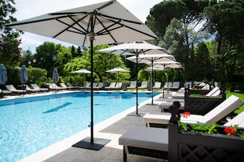 tarifs reservation hotels Le Vallon de Valrugues & SPA