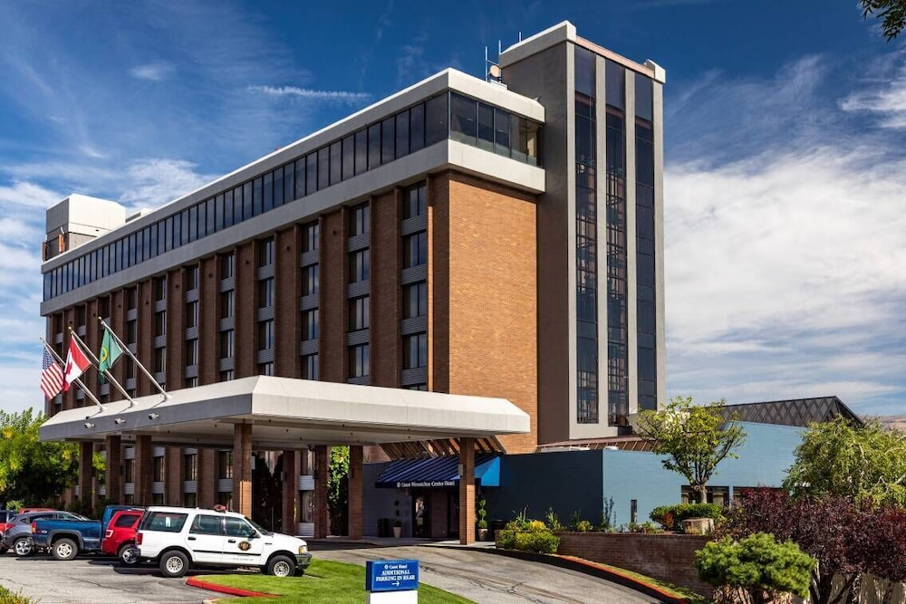 Coast Wenatchee Center Hotel