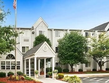 Microtel Inn by Wyndham Charlotte Airport