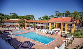 Quality Inn & Suites Conference Center in New Port Richey, Florida