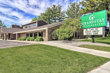 GrandStay Hotel & Suites of Traverse City