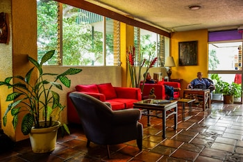 Novo Hotel & Suite