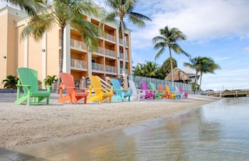 Hutchinson Island Plaza Hotel and Suites in Fort Pierce, Florida