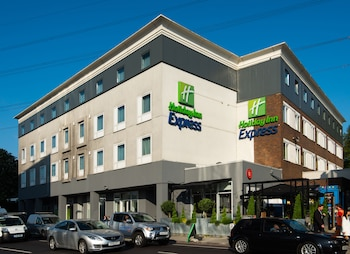 Photo for Holiday Inn Express London - Wimbledon South in London
