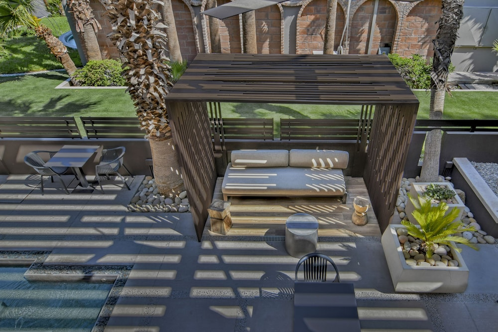 Terrace/Patio 63 of 99