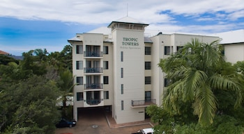 Tropic Towers Apartments - Hotel Front  - #0