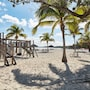 Abaco Beach Resort and Boat Harbour Marina photo 17/41