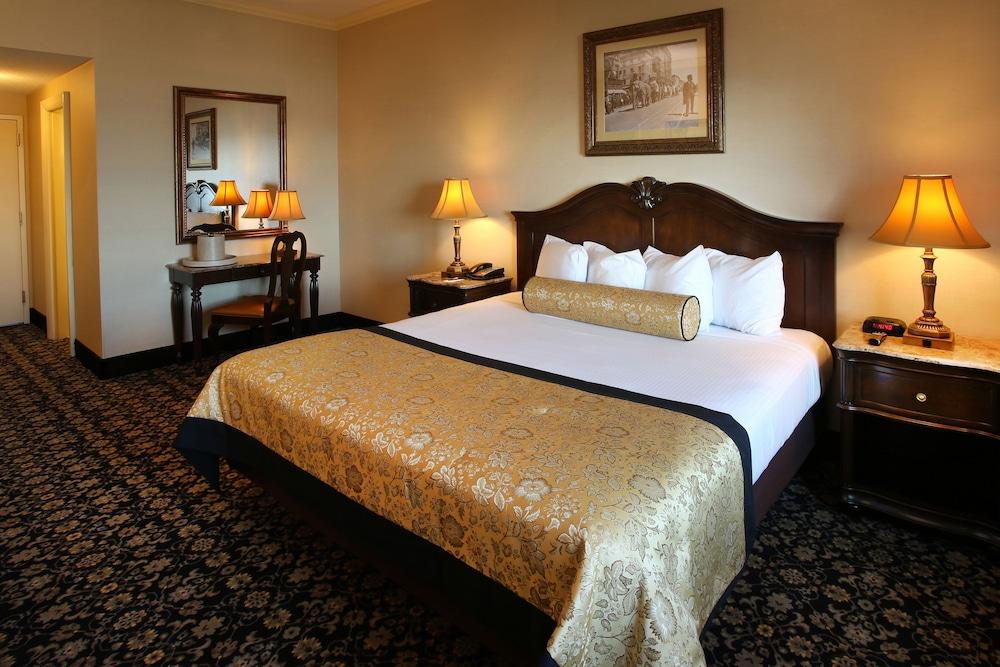 The Claridge - A Radisson Hotel