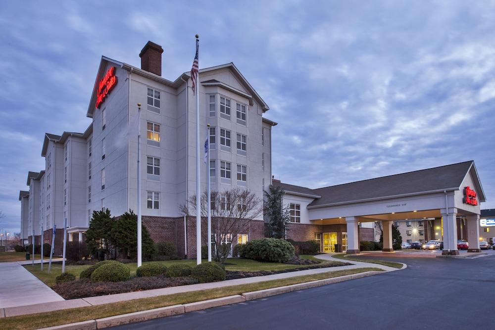 Hampton Inn & Suites Providence/Warwick-Airport