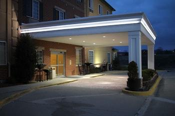 Best Western Plus Des Moines West Inn & Suites in Clive, Iowa