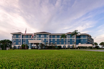 SEVEN Sebring Raceway Hotel