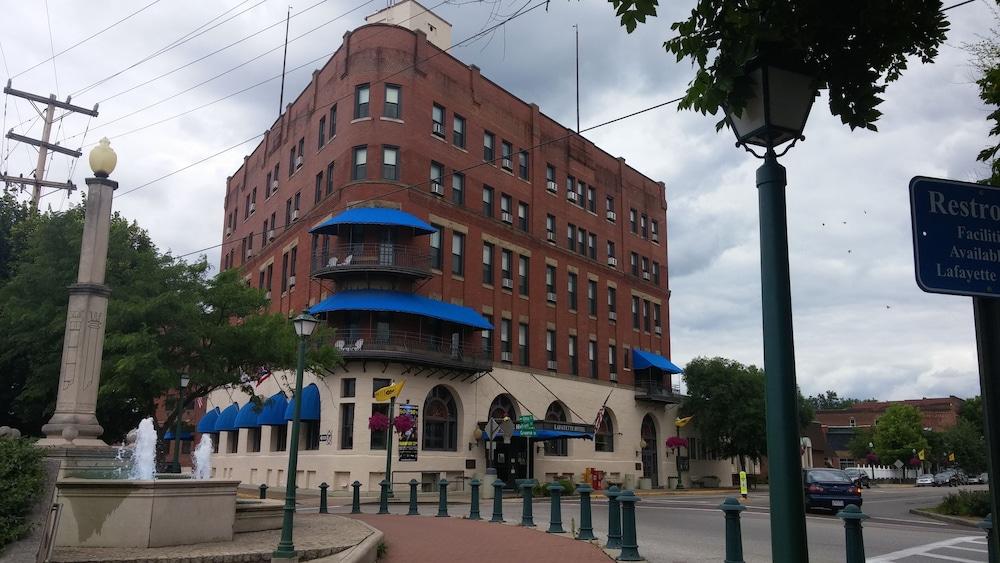The Lafayette A grand Riverboat Era Hotel