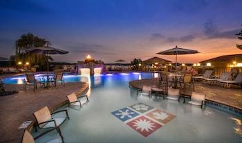 Lodge Of Four Seasons Golf Resort, Marina & Spa
