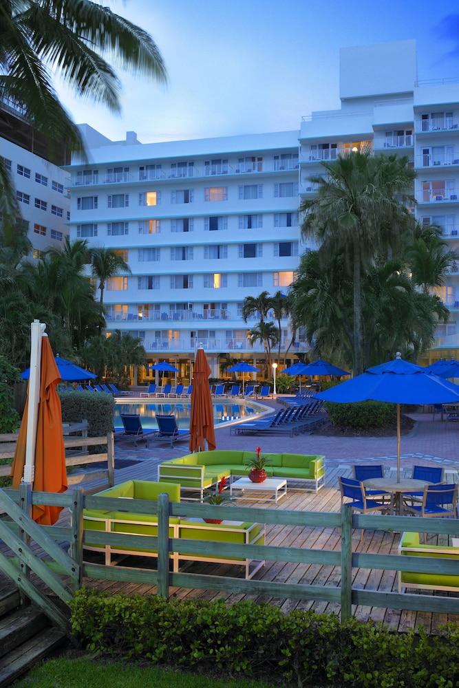 Four Points by Sheraton Miami Beach