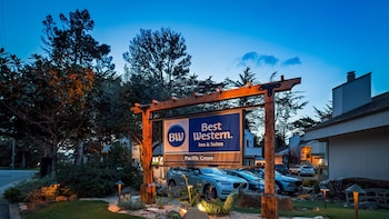 Best Western The Inn & Suites Pacific Grove in Pacific Grove, California