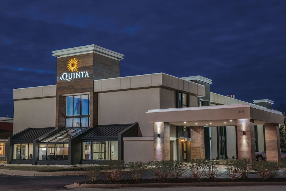 La Quinta Inn & Suites by Wyndham Festus - St. Louis South